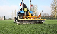 Sisis Osca synthetic pitch maintenance
