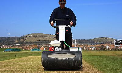 The Dennis Razor Ultra was the cricket mower of choice