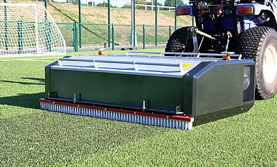 SISIS SVR 1500 deep turf cleaner