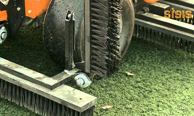 SISIS Brush Pro for synthetic turf